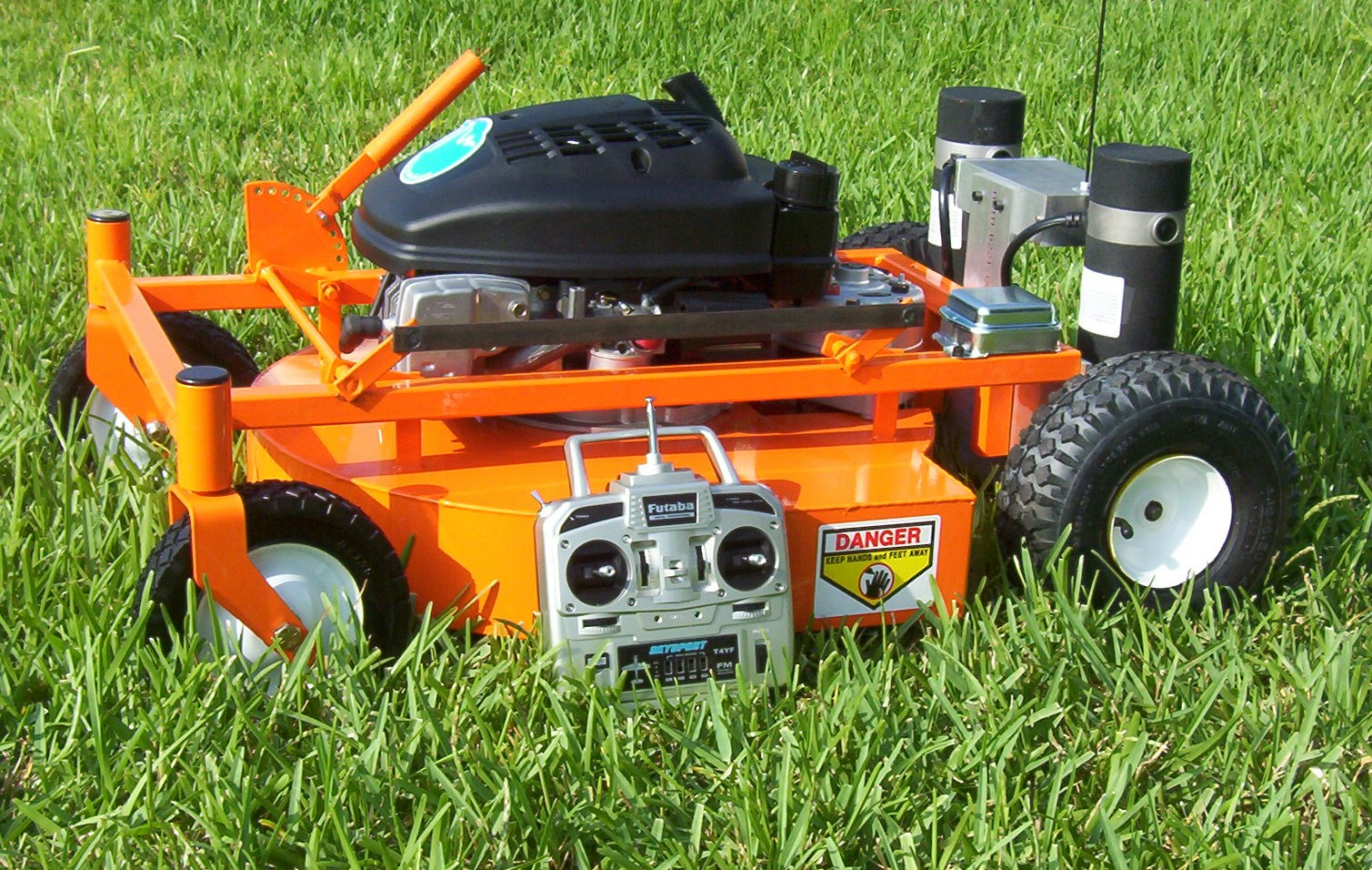 Evatech Remote Controlled Lawnmower